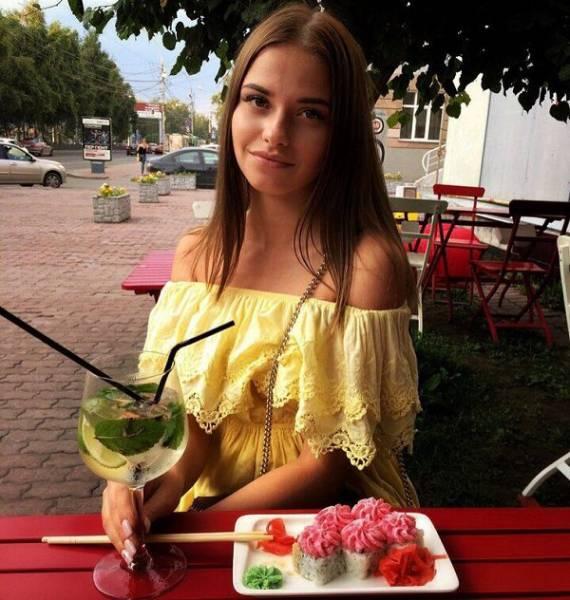 Hot Russian Girls (30 pics)