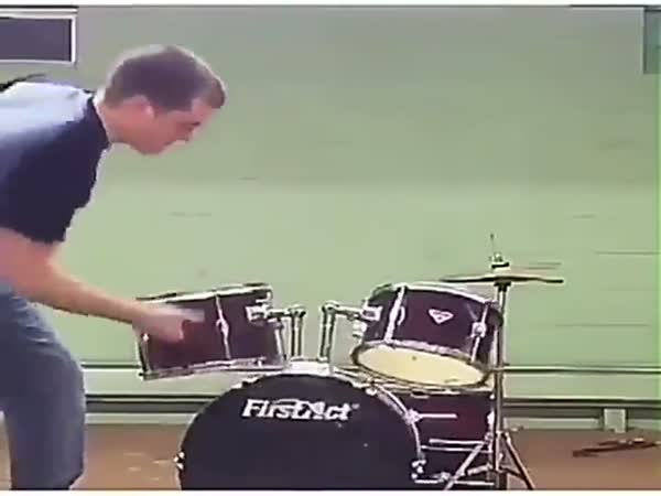 Worst Drum Solo Ever