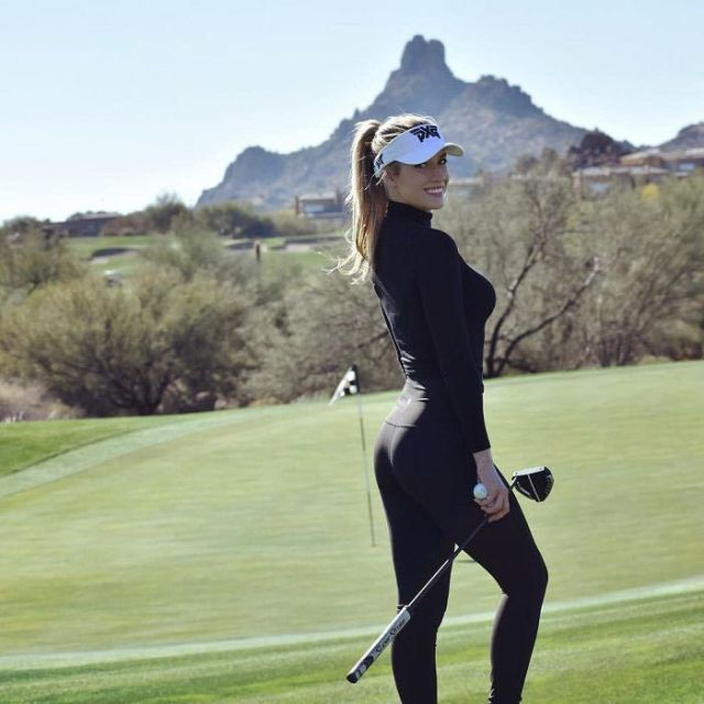 Paige Spiranac Is The Hottest Golfer Ever (12 pics)