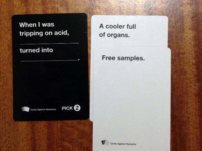 Cards Against Humanity (18 pics)