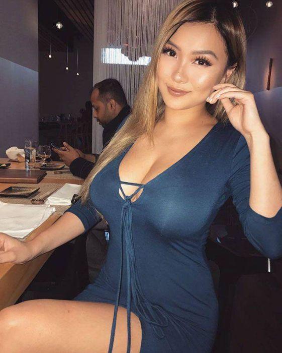 Hot Asian Girls (41 pics)