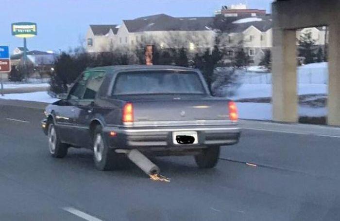 Unusual Car Accidents (32 pics)
