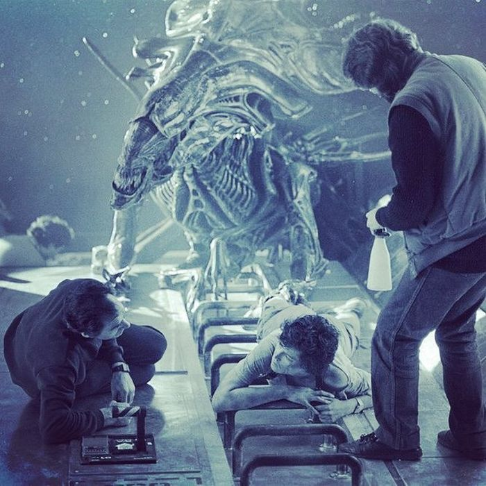Photos Of The Aliens Movie (25 pics)