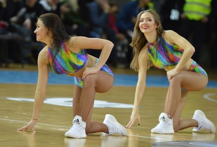 Cheerleaders From Lithuania (17 pics)
