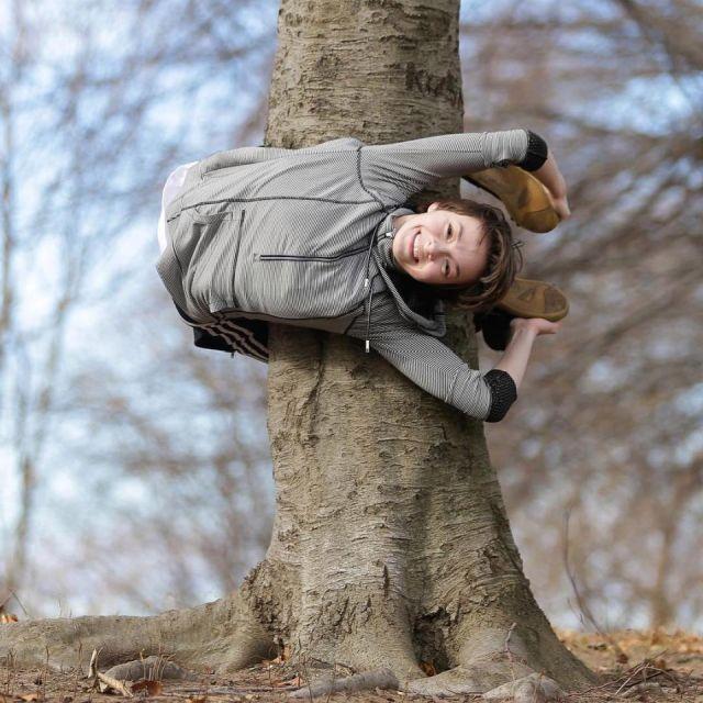 Very Flexible Girl (20 pics)