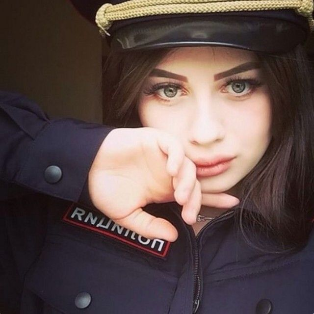 Russian Police Girls (25 pics)