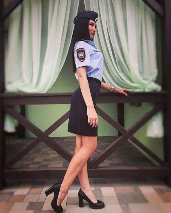 Russian Police Girls (25 pics)