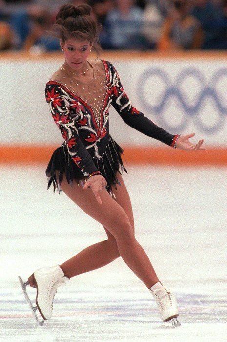 Evolution of Ice Skating Costumes (10 pics)