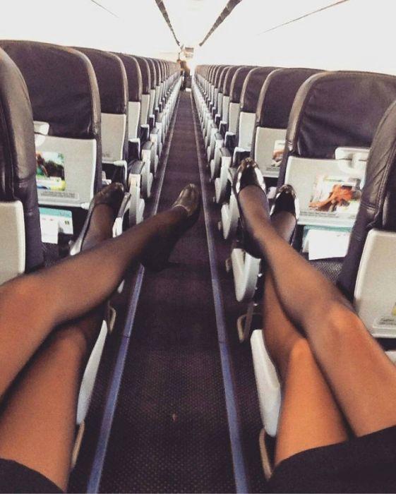 Pretty Flight Attendants (34 pics)