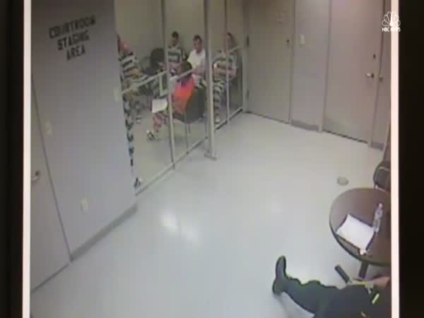 Inmates Break Out of Cell to Save Guard After His Heart Attack