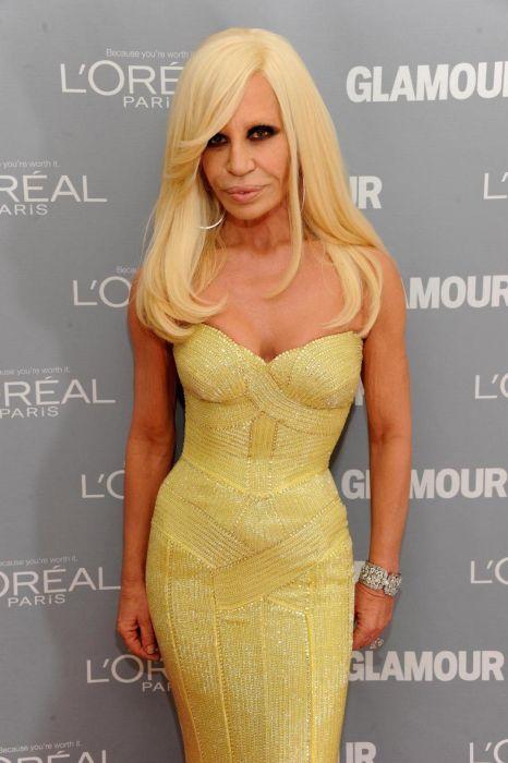 The Evolution Of Donatella Versace (23 pics)