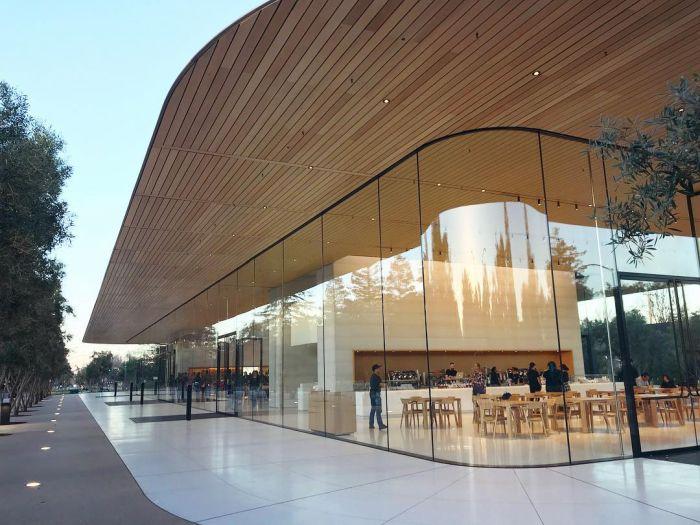 Photos Of The New Apple Headquarters (56 pics)