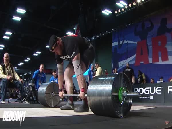 Mikhail Shivlyakov - 426kg/939lbs Deadlift at 2018 Arnold Strongman Classic