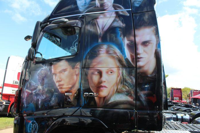 Truck Airbrushing (30 pics)