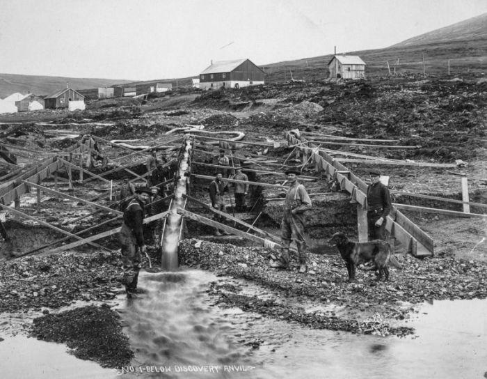 골드 러시 (35 명)의 시간 동안 살았던 알래스카의 에스키모
