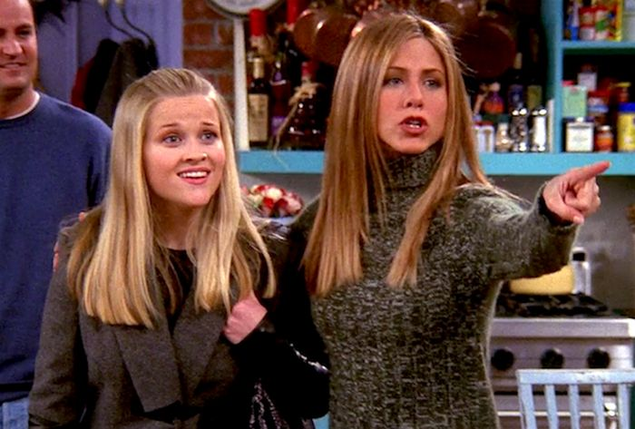 Famous Actors Who Guest-Starred On Friends (25 pics)