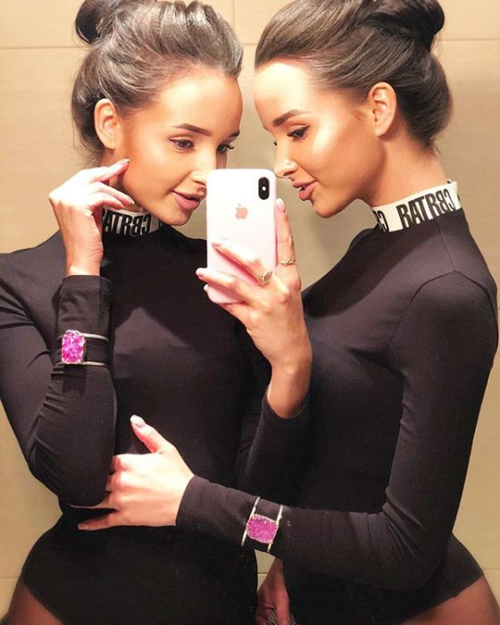 Hot Twins Adelya and Alina (26 pics)