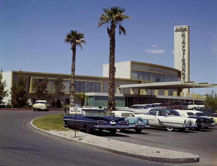 Fabulous Las Vegas In The 1950s (35 pics)