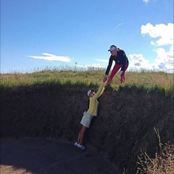 Funny And Interesting Pictures About Playing Golf (44 pics)