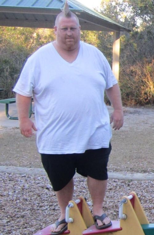 This Guy Has Lost Weight In Less Than 2 Years (5 pics)