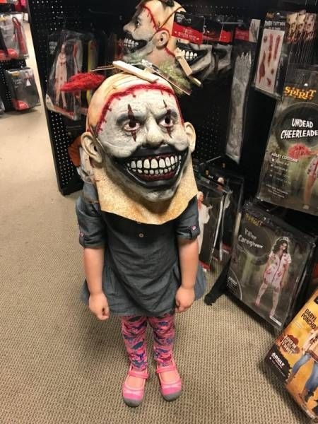 It's Scary (27 pics)