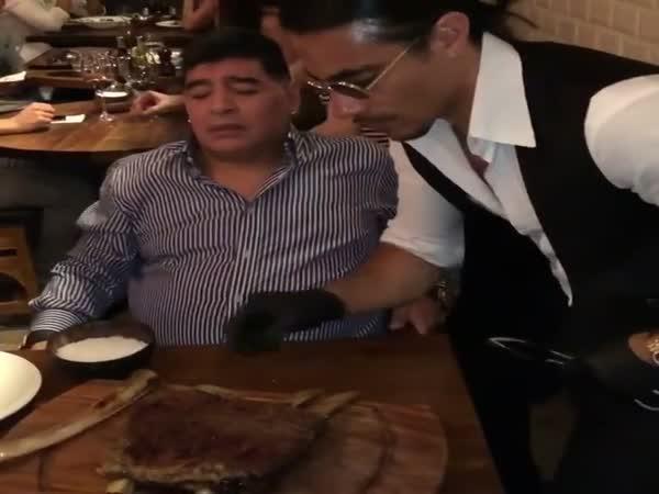 Salt Bae Serves Diego Maradona in Dubai