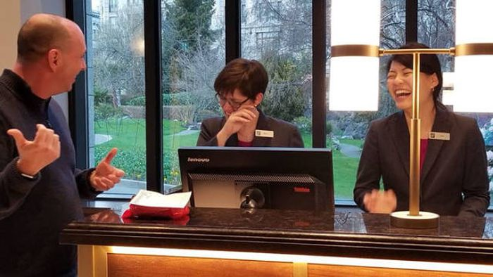 What Do You Even Do To Get A Lifetime Ban From A Hotel?! (9 pics)