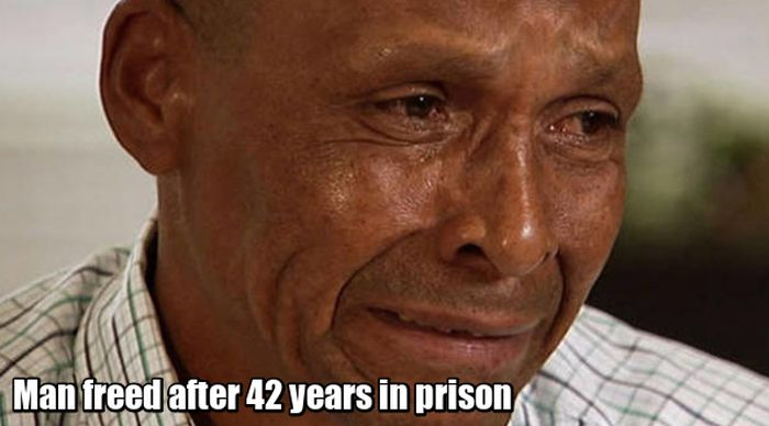 How Innocent Men Look Like When They Finally Get Released From Prison (14 pics)