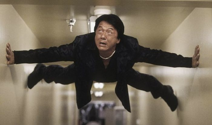 Jackie Chan Injuries On Set (19 gifs)