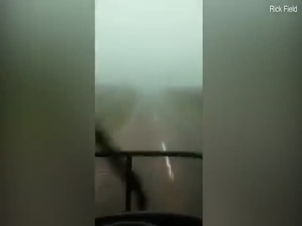 Terrifying Footage as Kiwi Drives Through Tornado