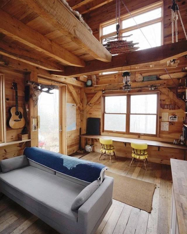 Awesome Wooden Houses (25 pics)