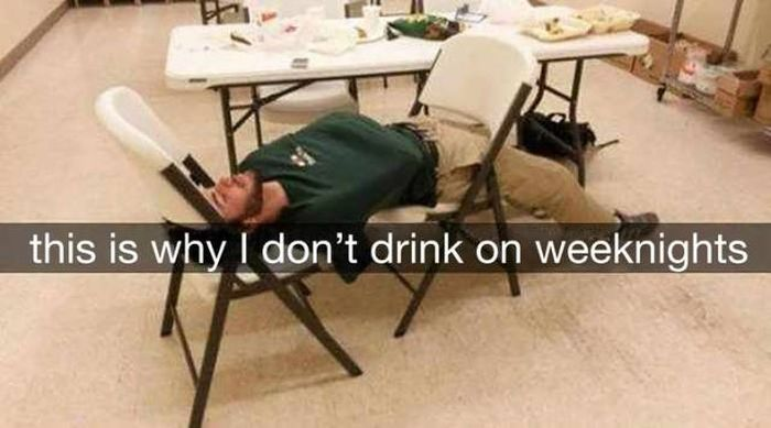 Funny Hangover Snapchats From The Next Day (15 pics)