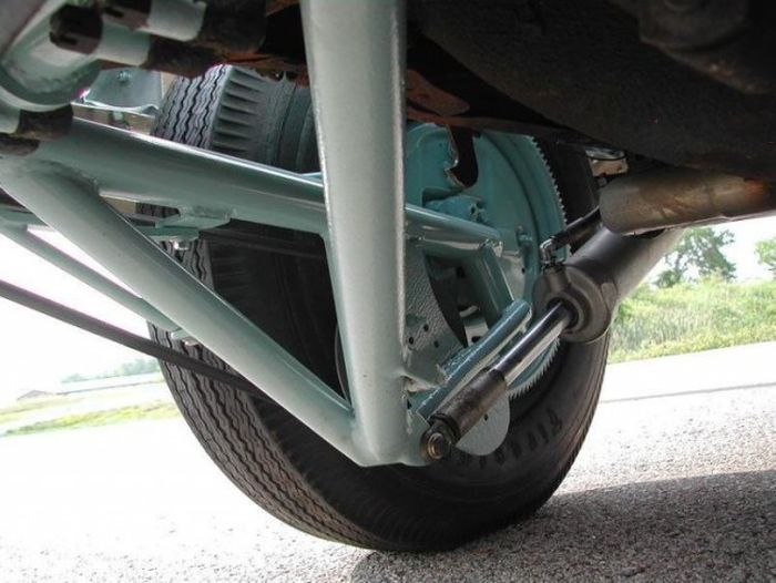 This Extra Wheel Was A Good Idea. Take A Look (5 pics)