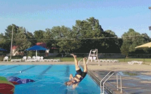 You Can't Beat Wind (15 gifs)
