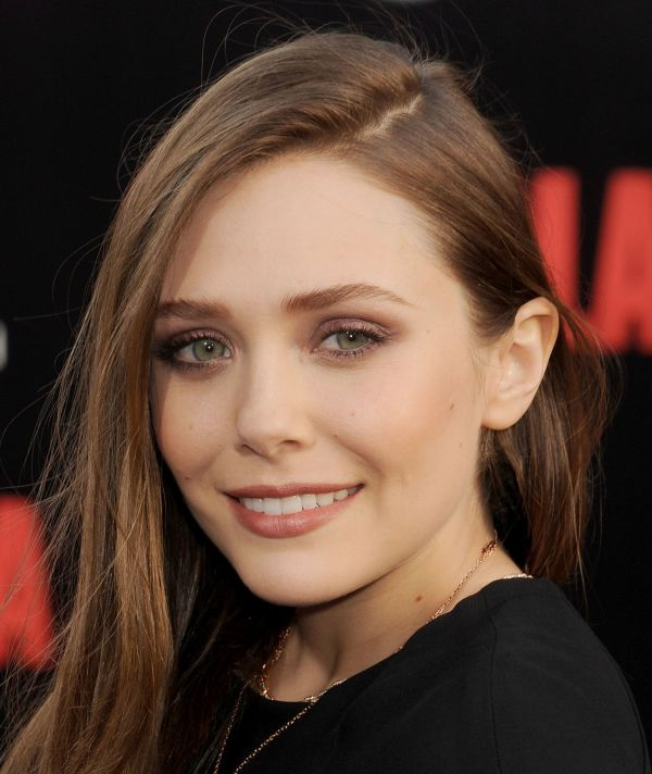 Elizabeth Olsen Is The Third And Youngest Olsen Sisters -6774