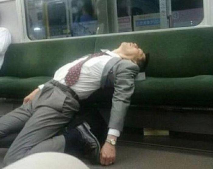 Seen In Subway (33 pics)