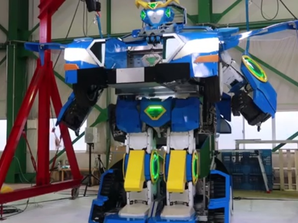J-Deite Ride Transformer Unveiled