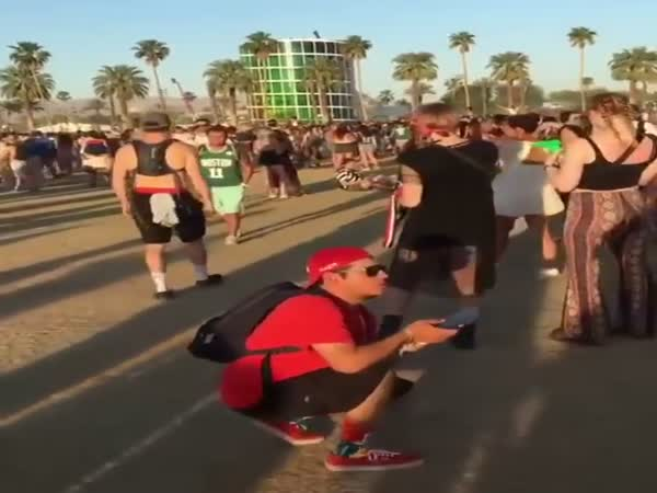 Everyone On Their Phones Taking Photos At Coachella