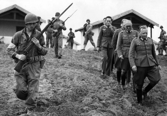 POW In WWII (35 pics)