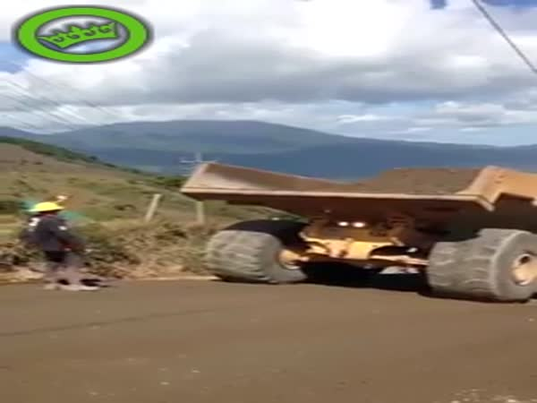 Dumper Truck Unloading Goes Wrong