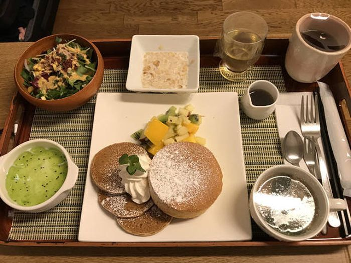 Casual Japanese Hospital Food (19 pics)
