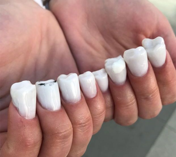 Creepy Nails (21 pics)