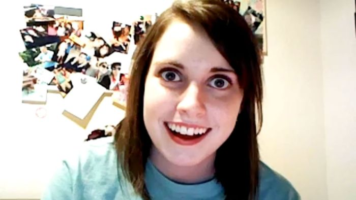 Overly Attached Girlfriend Then And Now (2 pics)
