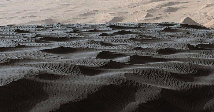 NASA Photos Taken On Mars (3 pics)