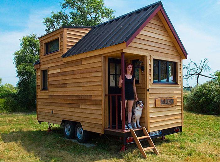 Tiny House On Wheels (22 pics)