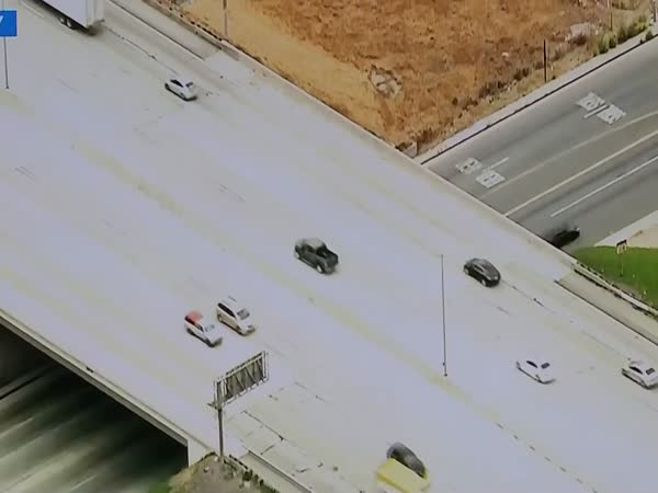KTLA Started Following The Wrong Car In A Pursuit