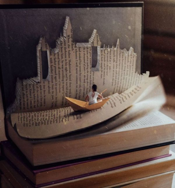 Beautiful Book Art (20 pics)
