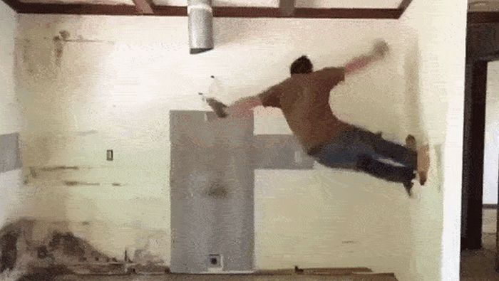 People Have Fun On Construction Sites (15 gifs)
