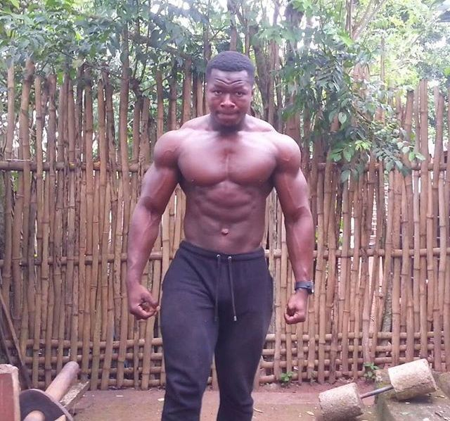 Homemade Gym In Africa (16 pics)