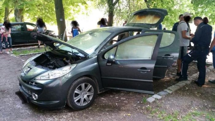 A Man Poland Put A Hot Grill In His Car's Trunk. This Is What Happened Next (3 pics)